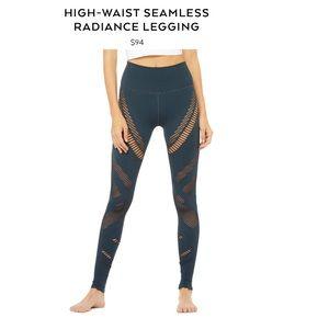 ebad418486b793 ALO Yoga Pants | Alo Seamless Radiance Legging | Poshmark